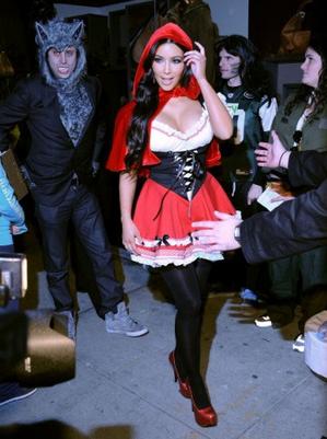 kim-kardashian-halloween-4