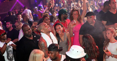 chris-brown-et-karrueche-font-la-fete-a-cannes-6