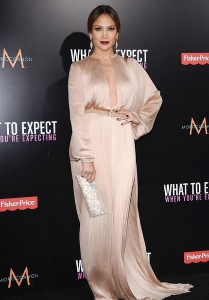 jennifer-lopez-a-la-avant-premiere-de-what-to-expect-when-u-r-expecting