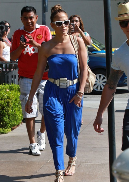 jennifer-lopez-shopphing-hotspot-a-los-angeles