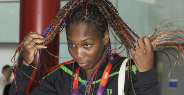venus-williams-blue-white-red-braids-londres-2012