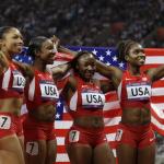 L'équipe américaine d'athlétisme réussit haut les mains et écrasent le record olympique au relais 4 x 100 m