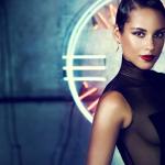 "Alicia Keys dévoile ""Girl On Fire"" son nouveau morceau – Remix avec Nicki Minaj"