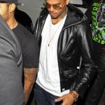 Chris Brown retrouve la couleur originale de ses cheveux alors qu'il se prépare pour sa tournée européenne