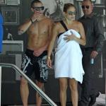 Jennifer Lopez et Casper Smart à la piscine à Miami