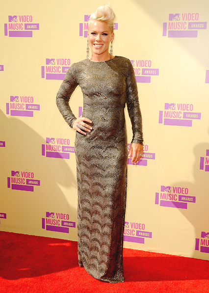 pink-mtv-awards-2012-2
