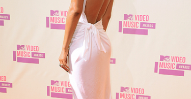 rihanna-mtv-awards-2012-4