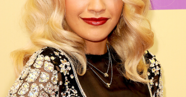 rita-ora-mtv-awards-2012