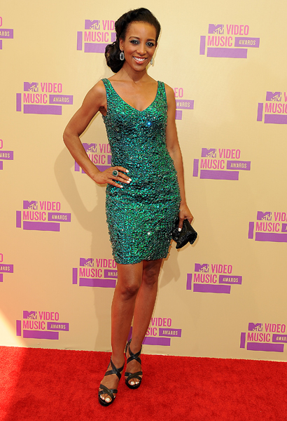 shaun-robinson-mtv-awards-2012-2