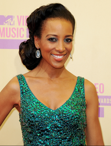 shaun-robinson-mtv-awards-2012