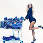 Beyonce, tout souriante pour une pub de Pepsi