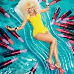 Nicki Minaj change de couleur pour la campagne de son rouge à lèvres MAC