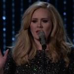 """Adele interprète """"Hello"""" pour la première fois"""