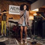 Solange Knowles était en conert dans les studios Arlyn