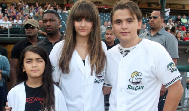 Paris, Blanket and Prince