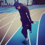 Ciara continue de marcher alors qu'elle est presqu'à terme