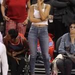 Rihanna a pris une perruque rose de Nicki Minaj pour assister au match des LA Clippers
