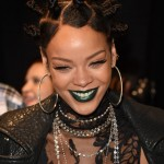 Rihanna annule sa performance au Victoria's Secret Show
