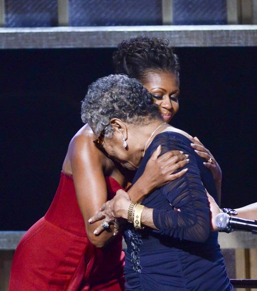 Michelle-Obama-Dr-Maya-Angelou
