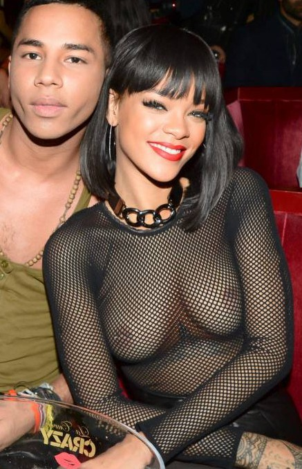 Rihanna-topless-Paris-Fashion-Week-