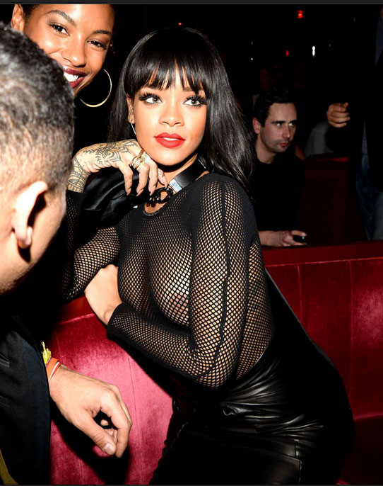 Rihanna-topless-Paris-Fashion-Week