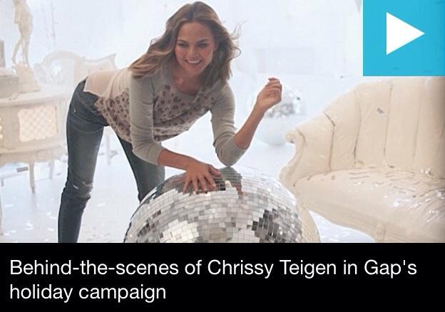 Chrissy Teigen pour GAP