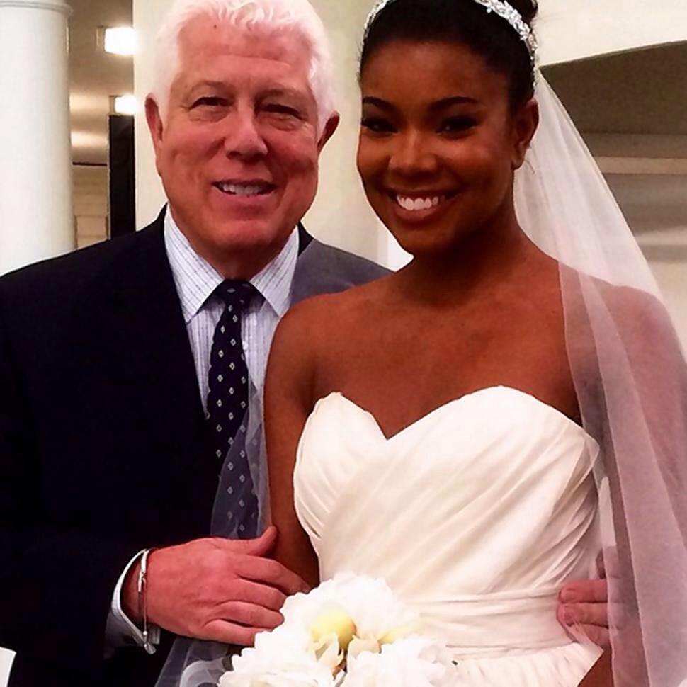 Gabrielle Union et le créateur de sa robe de mariée