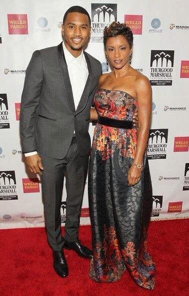 Trey Songz et sa maman au gala Thurgood