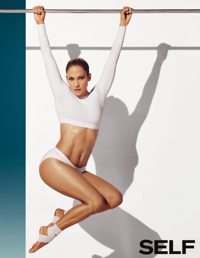 Jennifer Lopez pour Self Magazine