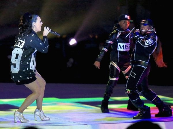 Missy Elliott and Katy Perry at the Super Bowl in 2015