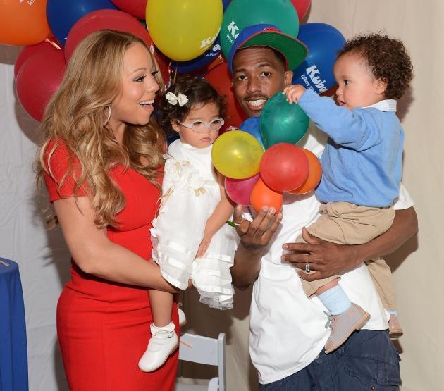 Nick Cannon, Mariah Carey et leurs jumeaux tous heureux