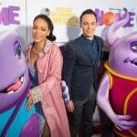 Rihanna continue promotion du film Home