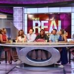 Les maris des animatrices de The Real prennent d'assaut le plateau télévisé