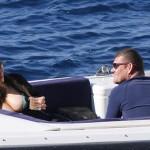 Mariah Carey expose ses atouts alors qu'elle passe des vacances avec son nouvel amant et ses enfants