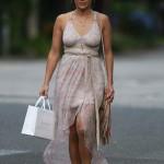 Jennifer Lopez se fait plaisir en faisant du shopping