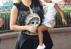 Kim Kardashian et North West à Disneyland