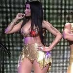 Nicki Minaj et Meek Mills s'embrassent et embarrassent leurs fans à Dallas