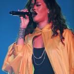 Rihanna monte sur scène à Rio de Janeiro