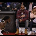 Drake assiste au match des Raptors de Toronto, il est OK pour une collaboration avec Adele