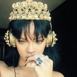 "Rihanna's new album ""ANTI"" is available"