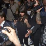 Kim Kardashian adore se faire matraquer par les paparazzi