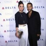 John Legend aurait trompé sa fiancée dans des WC