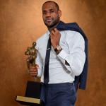 LeBron James et Cleveland remporte le premier match de la conférence Est de NBA