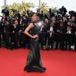 Zoe Saldana en Jason Won lors Festival de Cannes