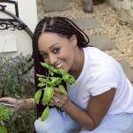 Tia Mowry dévoile son jardin bio