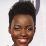 Lupita Nyong'o débarque à Nice pour le Festival de Cannes