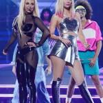 Britney Spears et Iggy Azalea interprètent Pretty Girls sur la scène des Billboard Awards 2015