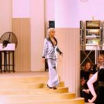Rita Ora en mode Chanel à la Paris Fashion Week