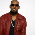 R. Kelly is singing the story of his life in 45 minutes